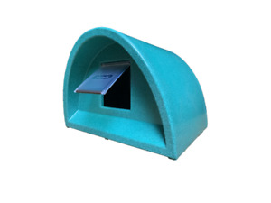 WOW ONLY £59.00 WITH FLAP !!! OUTDOOR CAT SHELTER/KENNEL PLASTIC CAT HOUSE+ FLAP