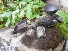 Ancienne dînette jouet d'enfant en fer blanc moules saladier ......