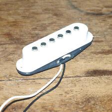 FENDER STRATOCASTER Solo Bobina 4.73k eléctrica de recogida cuello puente blanco/Medio