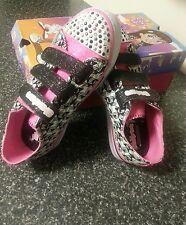 BNIB Skechers Kids Twinkle Toes  Light-Up Sneaker Us 3