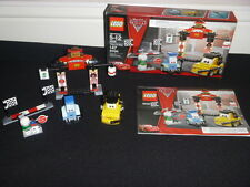 LEGO DISNEY CARS 2 8206 TOKYO PIT STOP LIGHTNING MCQUEEN RETIRED COMPLETE SET