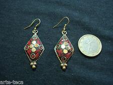 coppia orecchini nepalesi tibet ottone pietre dure corallo bigiotteria rombi