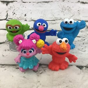 Sesame Street Figures Lot Of 5 Elmo Grover Cookie Moster Oscar The Grouch Abby