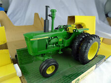 John Deere 6030 Die-cast model tractor Ertl 1-16