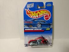 Hot Wheels Scorchin' Scooter Collector #1075 Mattel 1:64 Scale Diecast mb1869
