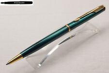 Parker Insignia Ballpoint Pen in Emerald Green / Smaragdgrün