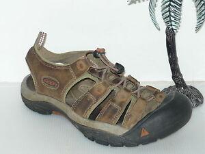 Keen Newport Bison Brown w/ red threading Men Sandals 7.5