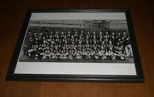 1963 CHICAGO BEARS WORLD CHAMPS FRAMED B&W TEAM PRINT