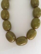 Vintage Oval Olive Green Bakelite Graduated Necklace 21 Beads