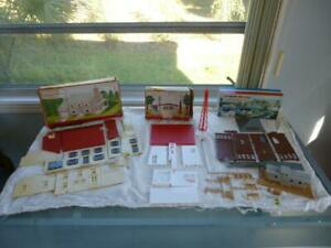 3 Plasticville Buildings O Scale-2 Story House, TV Station, Switch Tower,HO Yard