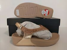 FITFLOP WOMEN'S SKYLAR CRYSTAL TOE GOLD THONG  SANDALS SIZE: 6