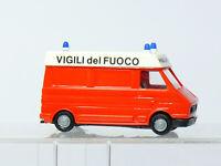 Praline  1:87  H0   FIAT 242  Feuerwehr RTW  Italien Vigili del Fuoco