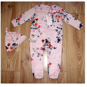 NEW BABY GIRLS TED BAKER OUTFIT 9-12, Gorgeous Pink Floral Sleepsuit & Hat Set