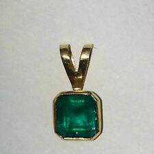 Natural Colombian Emerald 18k gold pendant,  1.25-1.50 cts