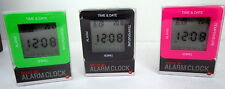 TRAVEL ALARM CLOCK LIGHTS UP FUNCTIONS - TIME DATE ALARM TIMER & TEMPERATURE BN