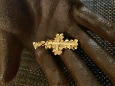 VINTAGE 14K SOLID GOLD DIAMOND CUT NUGGET RELIGIOUS CROSS PENDANT