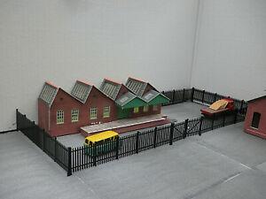 3D Printed OO GAUGE 1/76th Security Fencing + Gates in Black for model railway