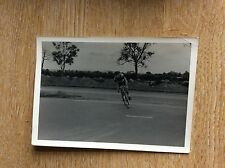 U1-3 b/w photograph postcard old 1950s  cycling race on the road turning