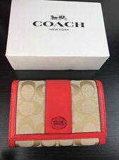 NWT COACH Signature logo Tri Fold Short Wallet In Light Khaki /Pink