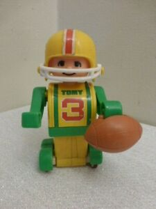 Vintage TOMY Singapore Football Player 3 Plastic Wind-Up Toy w Rare Football!