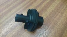 LAND ROVER DEFENDER BULB HOLDER 1995 ONWARDS 3 PIN / 2 POLE - XBP100190 WIPAC