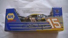 Voiture neuve nascar course rallye 1/64 Michael Waltrip!Edition limitée 1/1012!