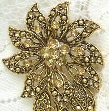 Sparkly LIZ CLAIBORNE Gold Tone Rhinestone Flower Leaf Brooch/Pin  G55*