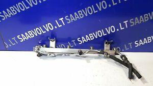 SAAB 9-5 YS3E Fuel Rail 0280160560 2001 12446426