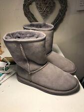 Women's Emu Stinger Lo Sheepskin Boots Grey Size 4Uk