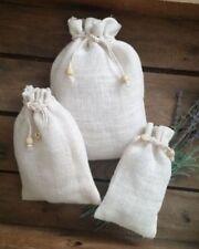Emballages et paquets cadeaux blancs pour noël