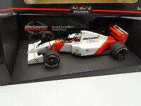 Minichamps 1/18 - F1 McLaren Mercedes MP4-10 Hakkinen Marlboro