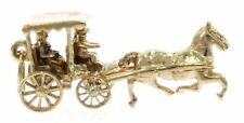 Horse and Carriage Charm in 9 kt Yellow Gold
