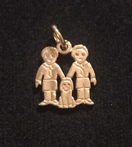 JAMES AVERY 14K GOLD TWO BOYS & A DOG CHILDREN TWINS CHARM RETIRED
