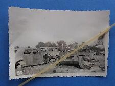 Foto Westfront Frankreich 1940 erbeutete englische Karette etc.
