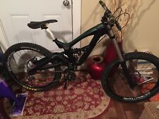 GT ruckus 7 2.0 A Downhill bike small/medium frame