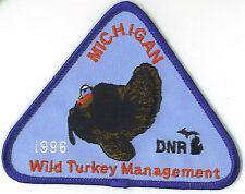 1996 MICHIGAN DNR SUCCESSFUL TURKEY-DEER HUNTER PATCH -HUNTING LICENSES- PINBACK