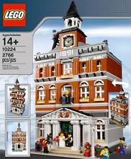 LEGO - TOWN HALL SET 10224 - CITY MODULAR CREATOR BUILDING WITH WEDDING SCENE