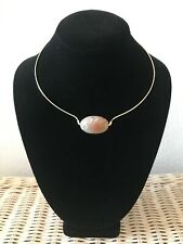Beautiful necklace with Agate stone. Handmade with high quality.