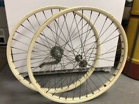 "Vintage 1950's Schwinn Hornet 26"" S-2 Original Paint Ivory Rims Wheels"