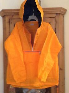 TAG HEUER EXCLUSIVE ORANGE ALL WEATHER SLICKER LOTS OF COMPARTMENTS  See Photos