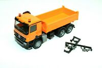 Herpa MB Actros M 08, MP3, 6x6 3 Achs Baukipper, Kommunal, orange, Neu, 1:87