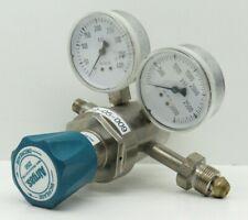 Airgas Y12-244F Pressure Cylinder Gas Regulator EQ-05-009