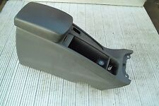 GENUINE VOLVO S40 V40 00-04 CENTRE CONSOLE WITH LEATHER EFFECT ARM REST IN BLACK