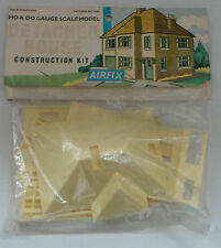 TRAINS : DETACHED HOUSE HO & OO GAUGE SCALE MODEL KIT MADE BY AIRFIX