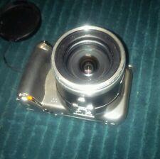 Olympus SP-800UZ 14.0 MP Digital Camera