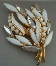 Vintage Costume Jewellery - Amazing Milk and Mirror Glass 50's Brooch / Pin