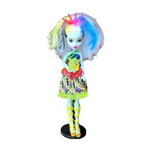 Mattel Monster High Electrified Voltage Frankie Stein Doll Znap Lights Sound