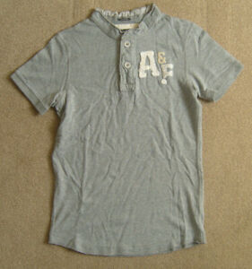 Abercrombie & Fitch Men's T-Shirt size Small