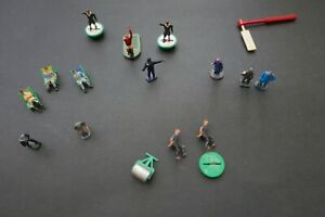 Subbuteo ACCESSORIES early 70s Football Cricket crowd figures, flags, bat...