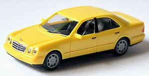 Mercedes Benz E Class W210 Limousine 1995-99 Yellow 1:87 Herpa 021814